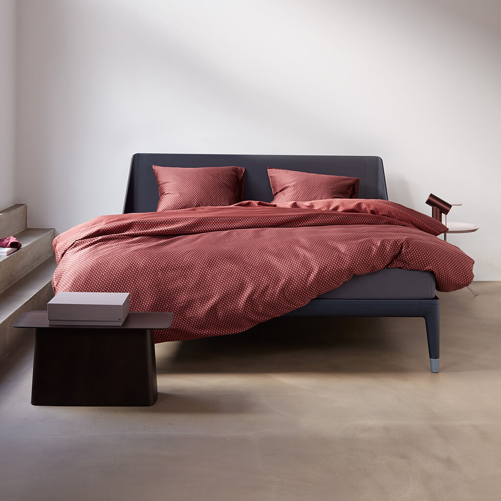 Housse de couette Orwell multi on an Auping bed