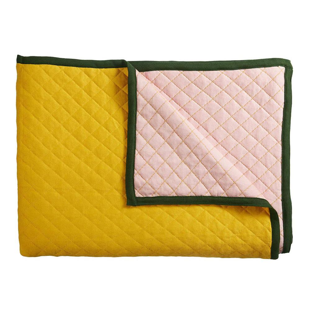 Amon Ra bedspread Yellow packshot
